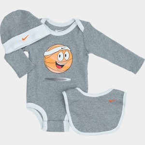 Infant Nike Emoji Basketball 3-Piece Box Set Dark Grey Heather Sales
