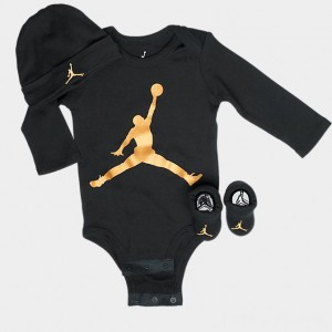 Infant Jordan Metallic Jumpman 3-Piece Hat and Bootie Box Set Black/Gold Sales