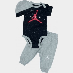 Infant Jordan Pants and Hat Box Gift Set White/Gym Red Sales